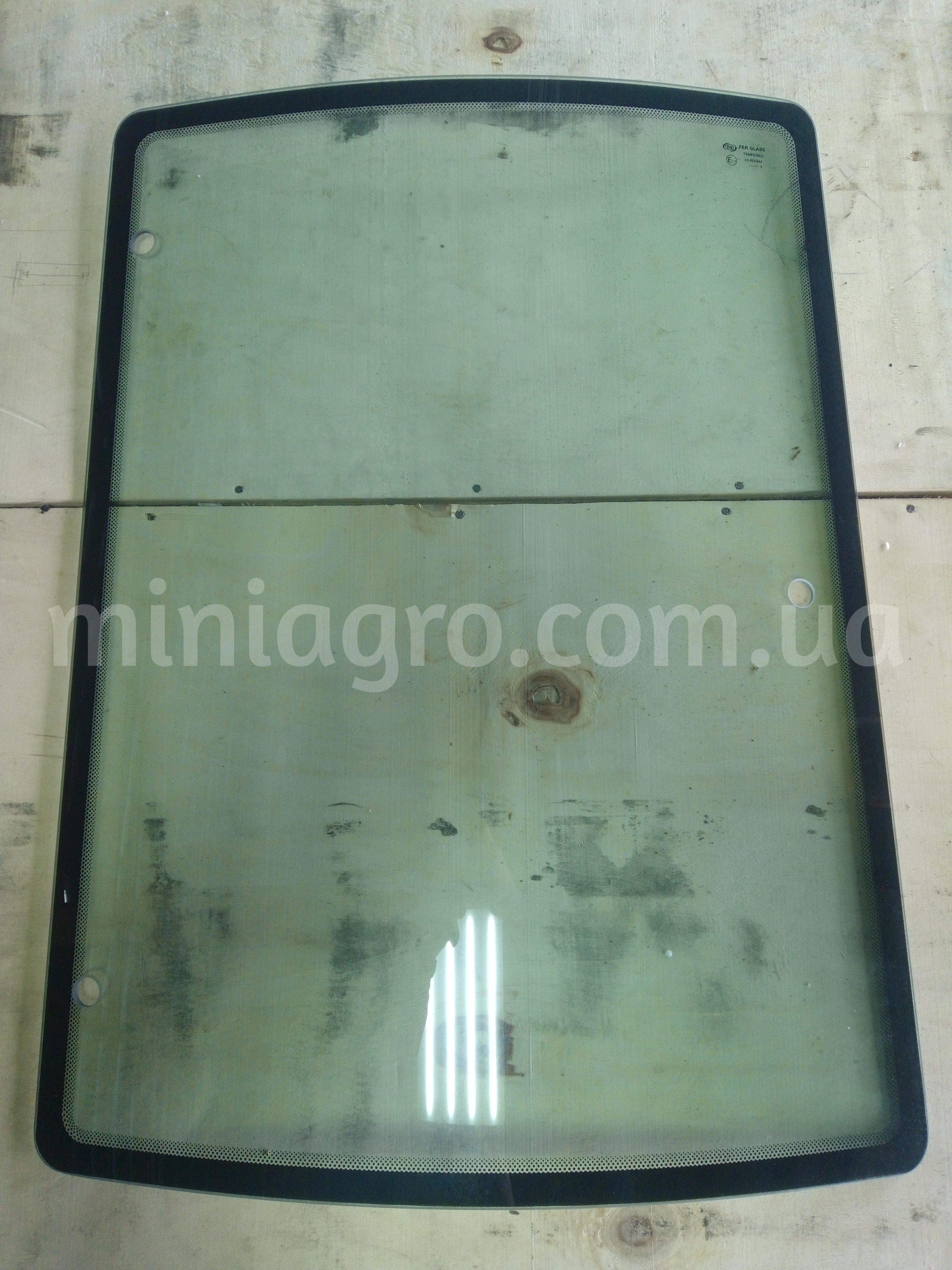 Левое боковое стекло SOLIS 50