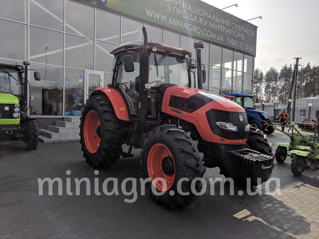 Трактор FARMLEAD 1204